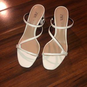 Zara White geek size 36